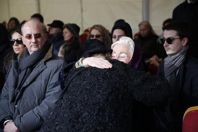 2. Abdülhamid'in kızı Fatma Naime'nin torunu Bülent Osman son yolculuğuna uğurlandı.