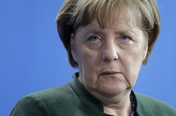 Merkel, İsrail'e tepki için ziyaretini iptal etti