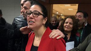 """Avukat Sera Kadıgil """"halkı kin ve düşmanlığa tahrik"""" davası"""