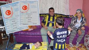 """Fanatik Fenerbahçeli çocukların adını """"Hanifi Alex"""" ve """"Musa Sow"""" koydu"""