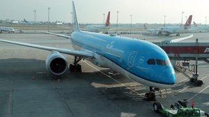 Yolcu kalp krizi geçirdi, uçak İstanbul'a acil indi