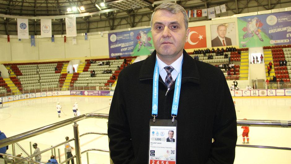 Bülent Akay Türkiye Buz Hokeyi Federasyon Başkanı