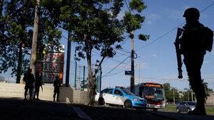 Rio de Janeiro'da güvenliği 1 haftalığına askerler sağlayacak