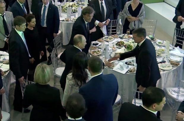 Putin ile Flynn'in bir araya geldiği kareler yayınlandı