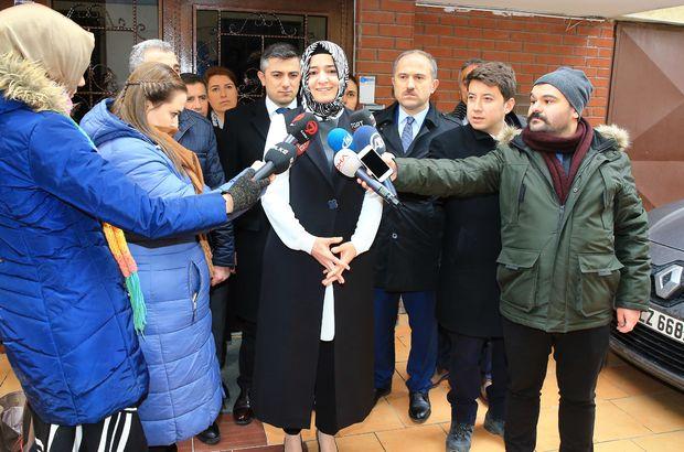 Aile Bakanı saldırıya uğrayan başörtülü genç kızı ziyaret etti