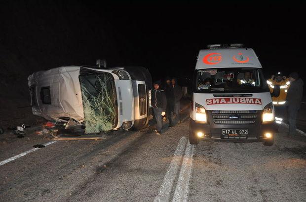 Çanakkale'de minibüs devrildi: 7 yaralı
