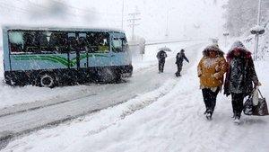 Rize ve  Artvin'de karla mücadele çalışmaları devam ediyor!
