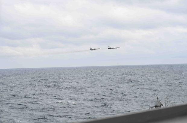 Karadeniz'de tehlikeli yakınlaşma! Rus jetleri, ABD gemisinin üzerinde!