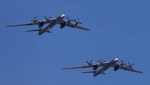 Rusya, Rakka'yı stratejik bombardıman uçaklarıyla vurdu!