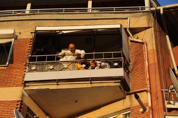 İzmit'te oyun oynayan bebeğin kafası balkon demirlerine sıkıştı