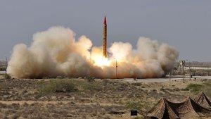 Pakistan, Afganistan'ın sınır vilayetini bombaladı