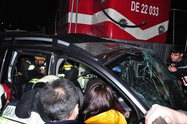 Manisa'da hemzemin geçitte kaza: 5 yaralı