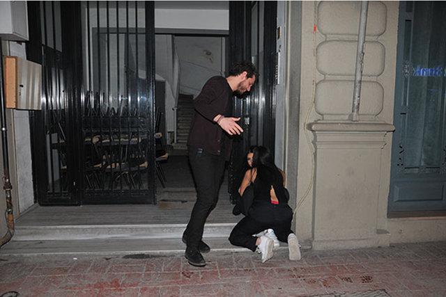 Sercan Badur, yere düşen kız arkadaşını bıraktı gitti