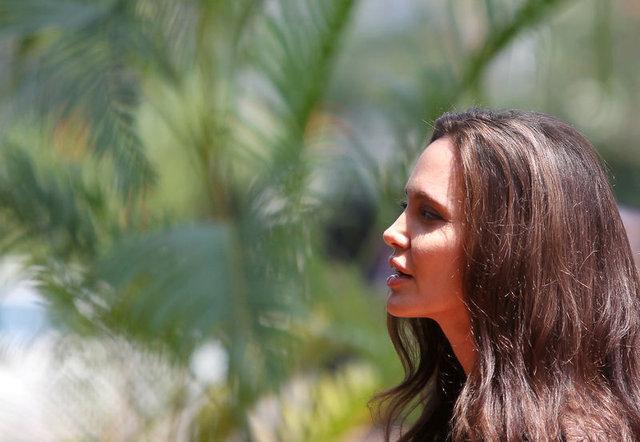 Angelina Jolie'nini kızı cinsiyet mi değiştirecek?