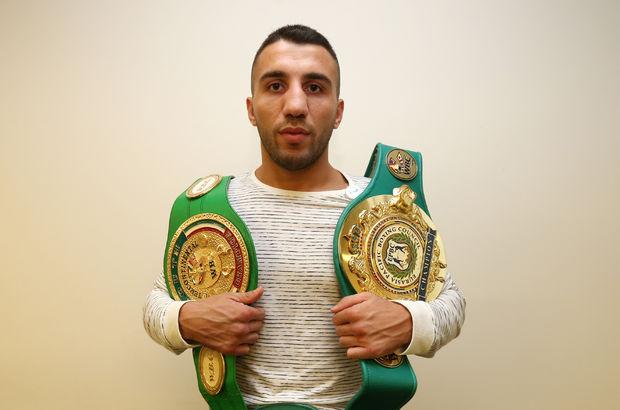 Türk boksöre ünlülerden destek