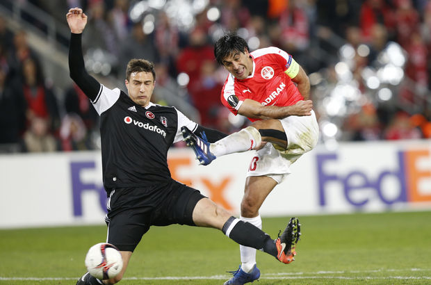 Beşiktaş'ta Matej Mitrovic sakatlandı