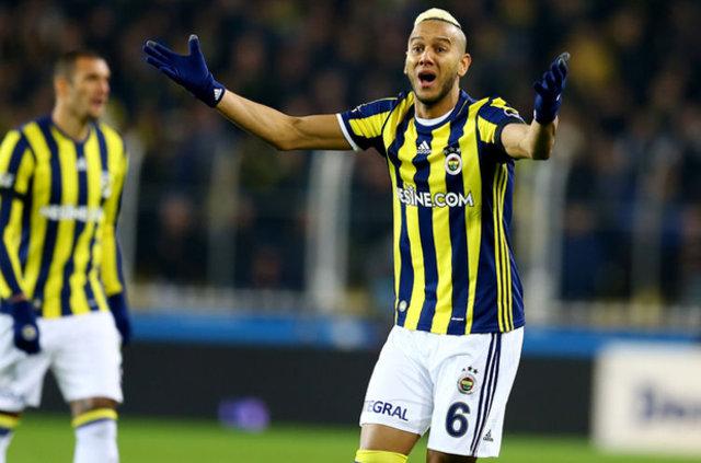 Fenerbahçe, Josef de Souza'yla masaya oturuyor