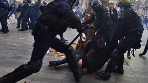 Fransa'da 'Theo İçin Adalet' eylemleri kızışıyor