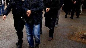 FETÖ'den tutuklananlar ve gözaltına alınanlar (19 Şubat 2017)