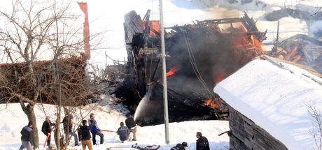 Kastamonu'da 7 evi kül eden yangın