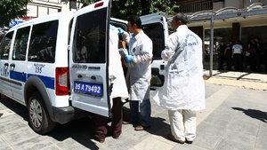 İzmir'de çöp konteynerinin yanına bırakılmış 5 aylık cenin bulundu