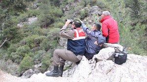 Antalya Kemer'de mahsur kalan 3 işçi kurtarıldı