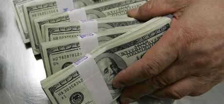 Merkez'in reeskont düzenlemesi 7.8 milyar $'lık döviz riskinden kurtardı