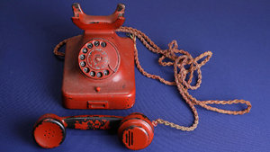 Hitler'in telefonu açık arttırmada satıldı!