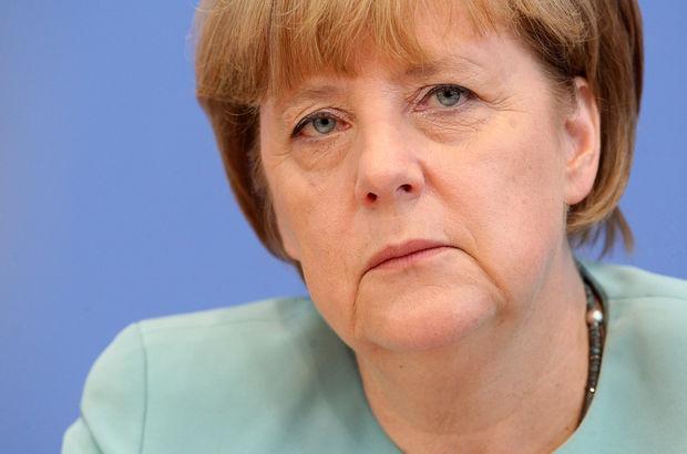 Merkel: Euro Bölgesi'nde euronun değeri konusunda bir problemimiz var