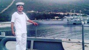 İzmir'de Askeri gemide yangın: 1 asker şehit