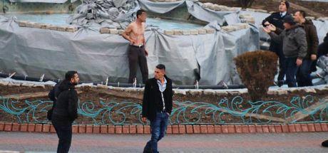 Kütahya'da valilik binası önünde intihar girişimi