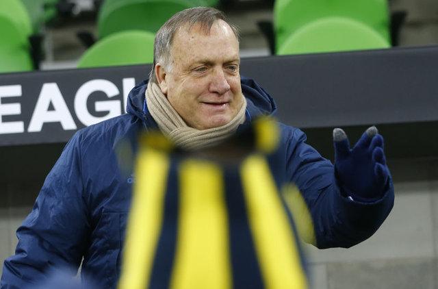 Fenerbahçe Teknik Direktörü Advocaat'tan ayrılık kararı   Advocaat'ın yerine Hamza Hamzaoğlu iddiası