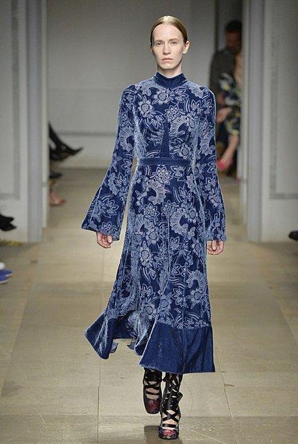 Londra Moda Haftası'na Osmanlı çıkartması