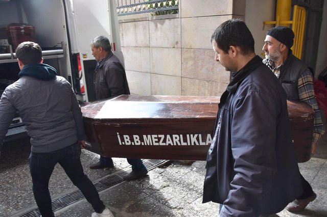 İzmir Menemen'de üvey babasının öldürdüğü Ahmet Coşkun'un otopsi raporu ortaya çıktı