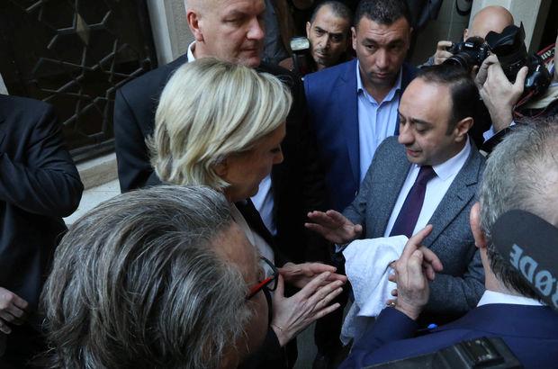 Le Pen'in Lübnan ziyaretinde başörtüsü krizi!