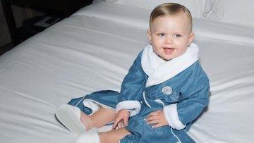 15 aylık bebek milyonlar kazanıyor