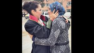 Şizofreni hastası genç kız mahkemede dehşet günlerini anlattı