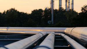 498 milyon 864 bin varil petrol taşındı!