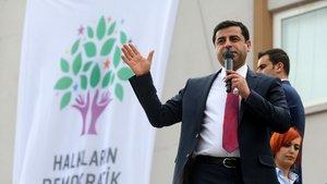 Demirtaş'a 5 ay hapis cezası veren mahkeme 'suça eğilimli' diye ertelemedi