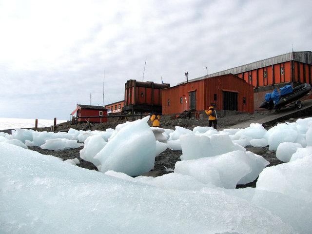 Antartika yarıldı, korkunç kırılma havadan görüntülendi