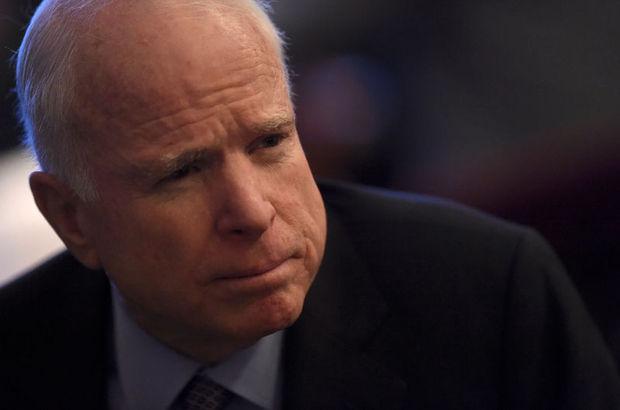 McCain, Suriye'nin kuzeyindeki ABD askerlerini ziyaret etti