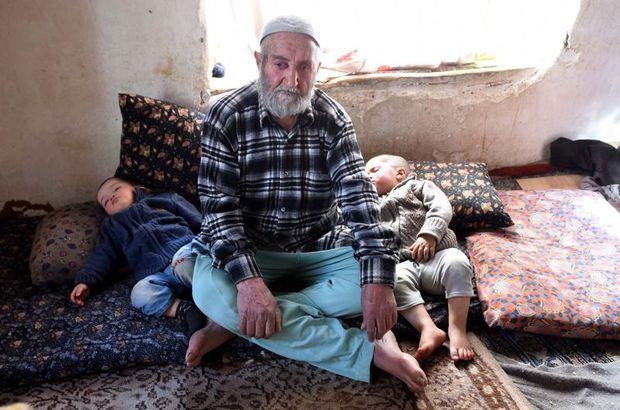 Van'da 87'lik babanın ikizleri 2 yaşına bastı