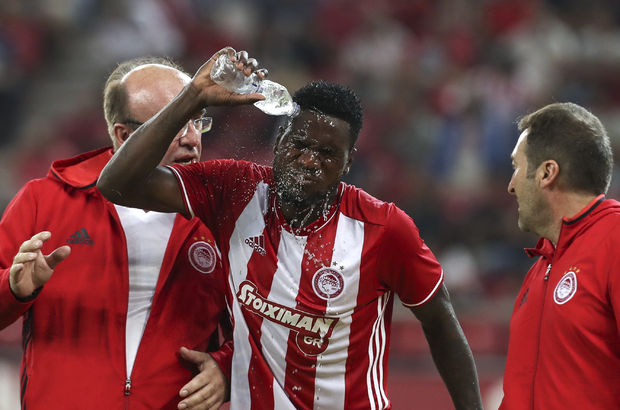 Beşiktaş'ın rakibi Olympiakos, golcüsünü Çin'e sattı