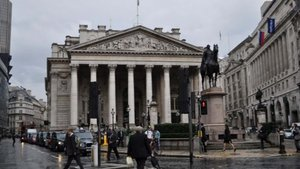 Binlerce bankacı İngiltere`den ayrılacak