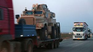 Haseke'de terör örgütü YPG'ye zırhlı araç sevkiyatı