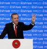 """Cumhurbaşkanı Erdoğan, Kitap Fuarı açılışında Google ve Twitter kullanımına dikkat çekerek, """"Bu şekilde sadece malumatfuruş olunabilir. Yarım porsiyon aydın olunabilir"""" dedi"""