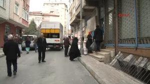 Bağcılar'da metro çalışması yakınındaki 4 bina tahliye edildi