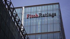 Fitch, Azerbaycan ve Yunanistan'ın kredi notlarını korudu