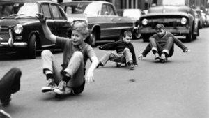Cep telefonu icat edilmeden önce çocuk olmak!