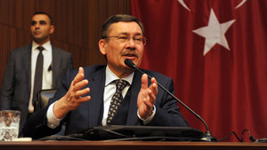 Ankara Büyükşehir Belediye Başkanı Gökçek: Darbe başarılı olsaydı, çatışma için DEAŞ'lıları getireceklerdi